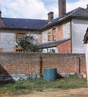 Noads House before repairs, 1961