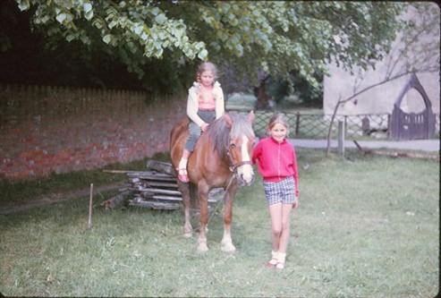 Mary, Elaine and Sandy, 1964