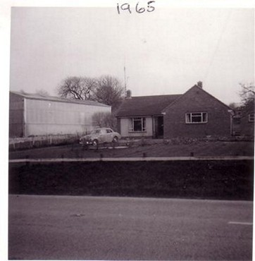Pete Waylen's Bungalow now called Waylenfield and the Barn before Elmhurst was built, 1965