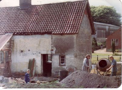 Rose Cottage. Before extension at the rear