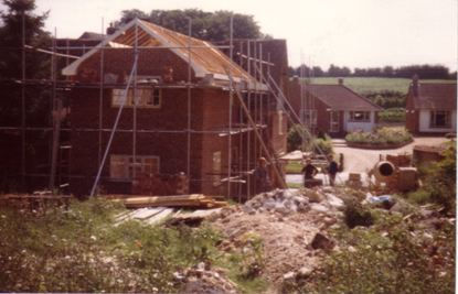 Rose Cottage - New Extension. Background shows Elmhurst and The Bungalow (now Waylenfield)