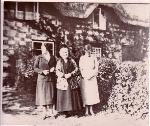 Three Ladies Outside Hoopers Farm